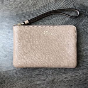 Coach Crossgrain Leather Glitter Corner  Wristlet